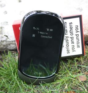 ZTE MF 62, Größen-Vergleich mit Zigarettenschachtel